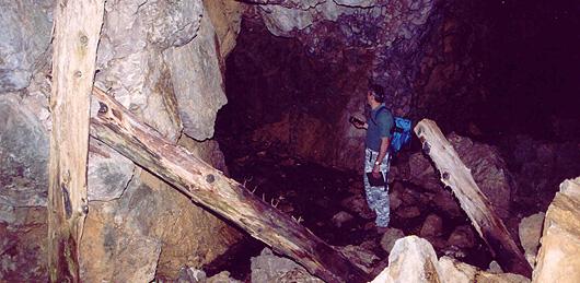 Spiz Zuel, interno galleria delle postazioni in caverna (foto Archivio Musizza e De Donà)